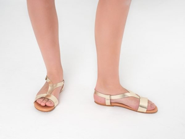 sandalias piel dorada