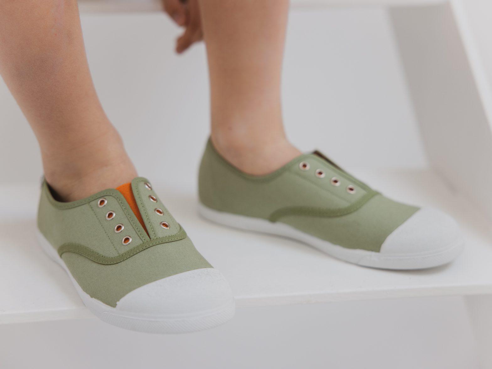 zapatillas para niños de lona